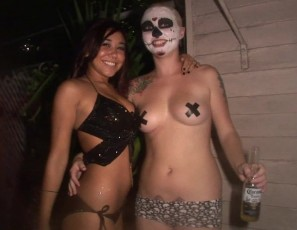 content/051513_body_paint_fun_at_fantasy_fest_key_west_florida/2.jpg